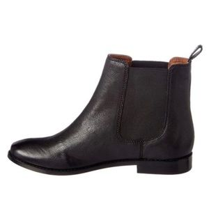 Frye Anna Chelsea Leather Black Booties